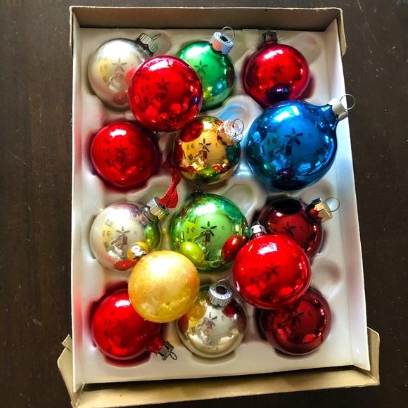 15 Vintage Assortment Glass Ornaments